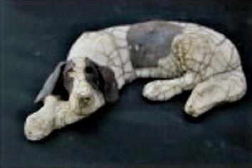 Medium Lying Raku Dog