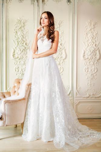 Svatební šaty z autorské kolekce Michaela