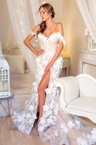 Svatební šaty Pivoňka