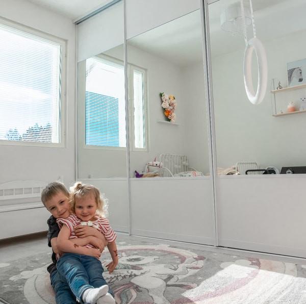 lastenhuoneen-liukuovikaapit.jpg