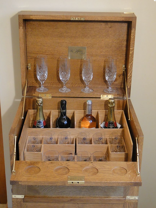 The Abbot's Well 8x8 Portable Drinks Cabinet