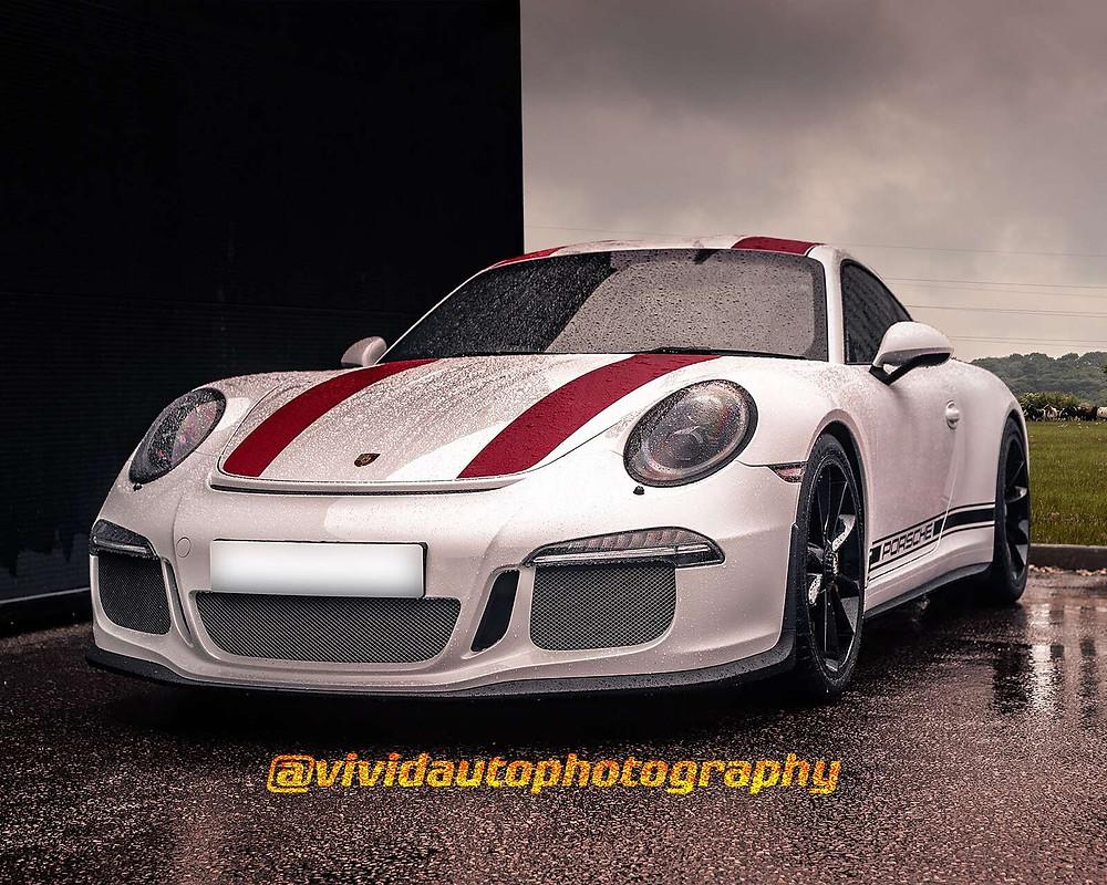 Porsche 911 R | Carrera White | Front three quarter