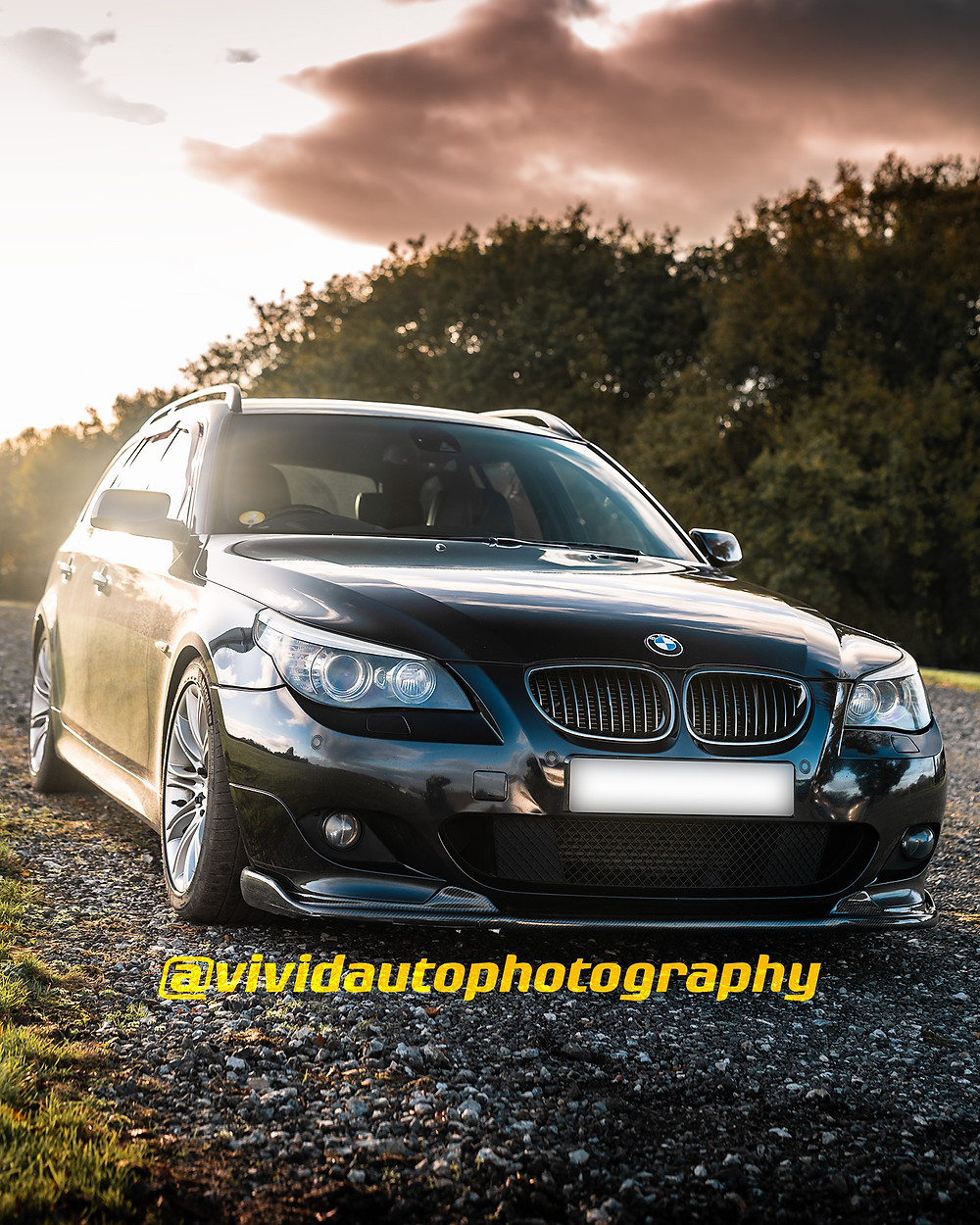 BMW 535d Touring | Charcoal Black | Front three quarters poster