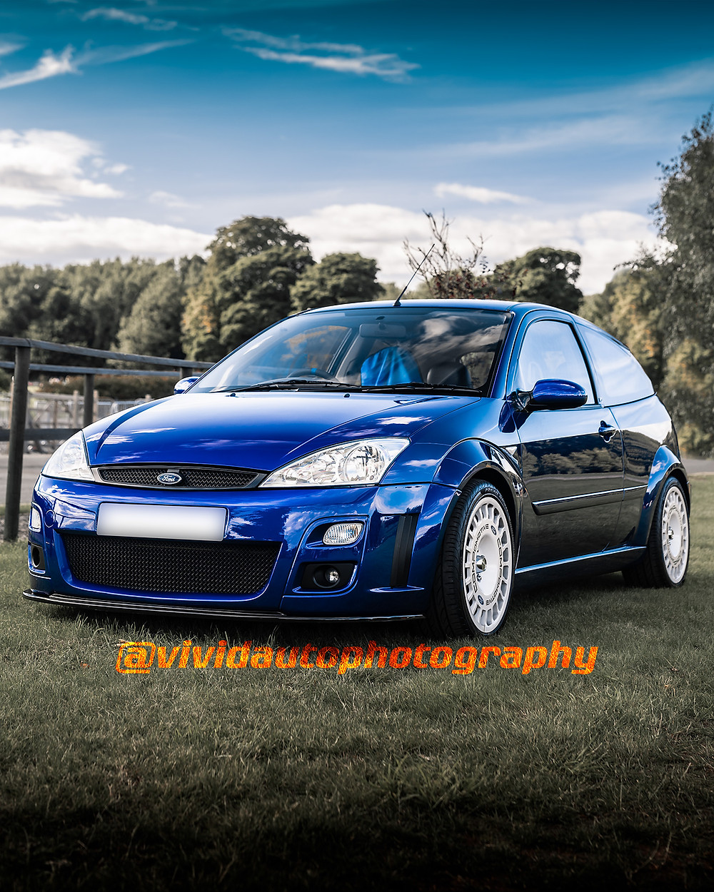 Ford Focus RS MK1 | Imperial Blue | Front three quarters poster