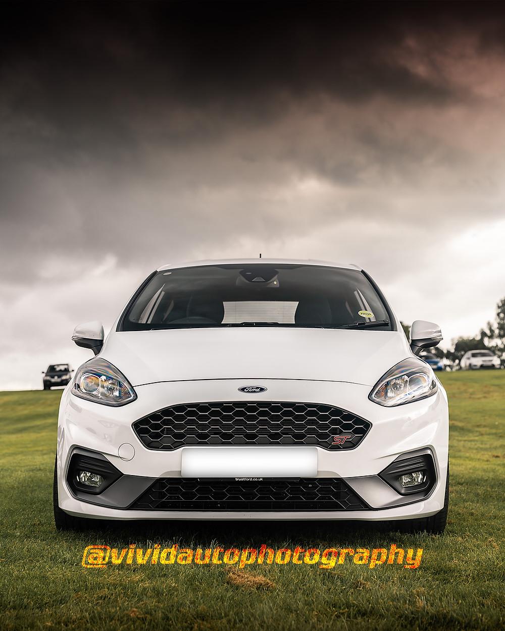 Ford Fiesta ST   Frozen White