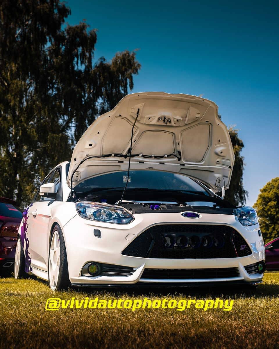 Ford Focus ST | North Staffs Customs Car Club | Bonnet Up