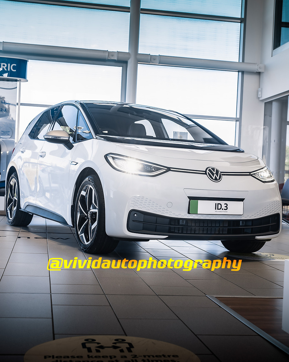 Volkswagen ID.3 First Edition | Glaicier White | Front three quarters poster