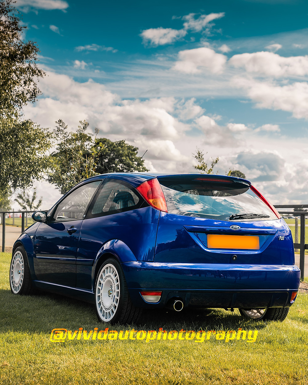 Ford Focus RS   Imperial Blue