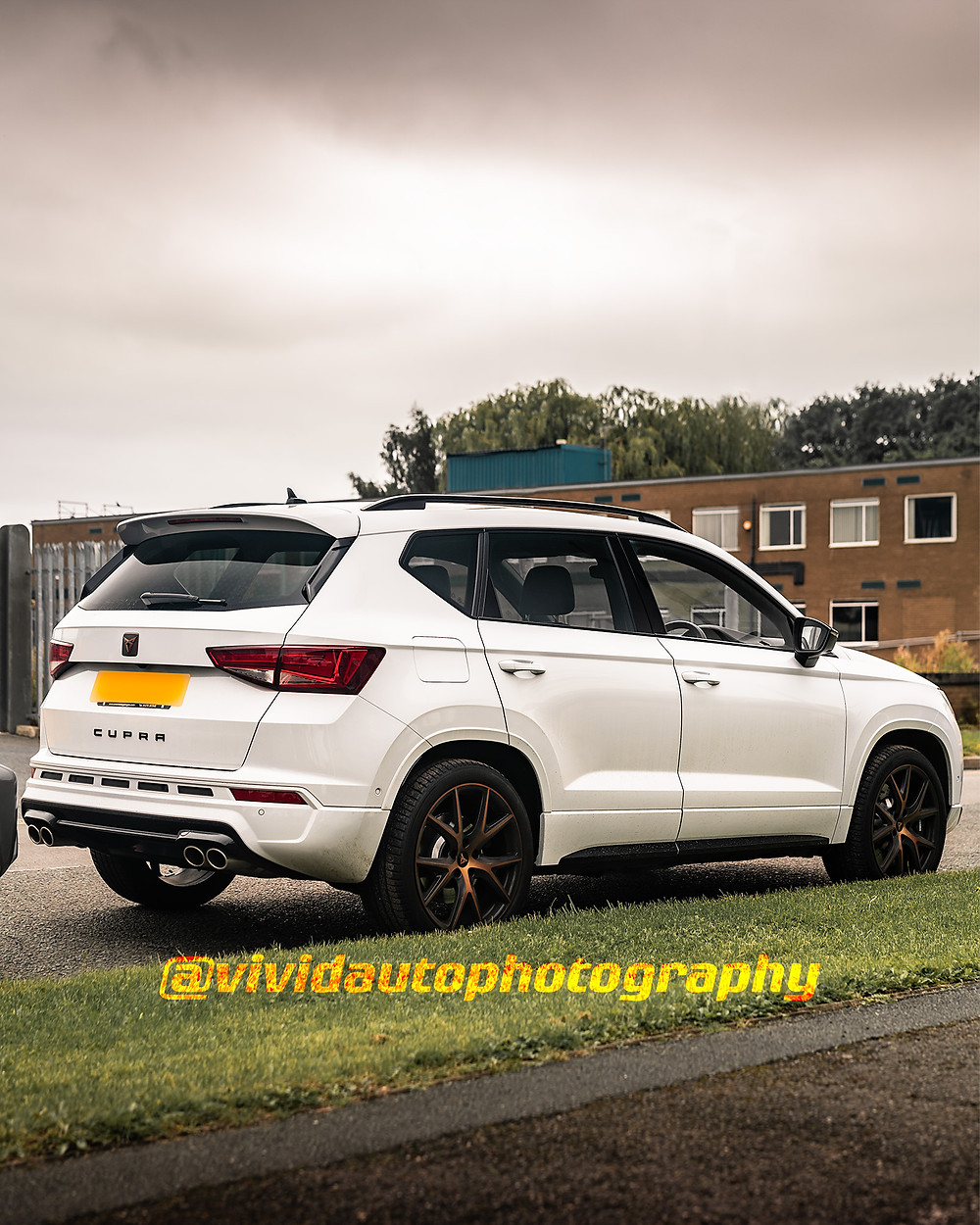 Cupra Ateca | White | Rear three quarter poster