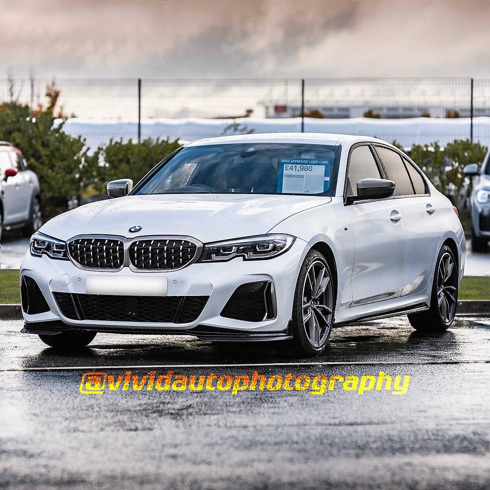 BMW M340i   Alpine White   Front three quarter square