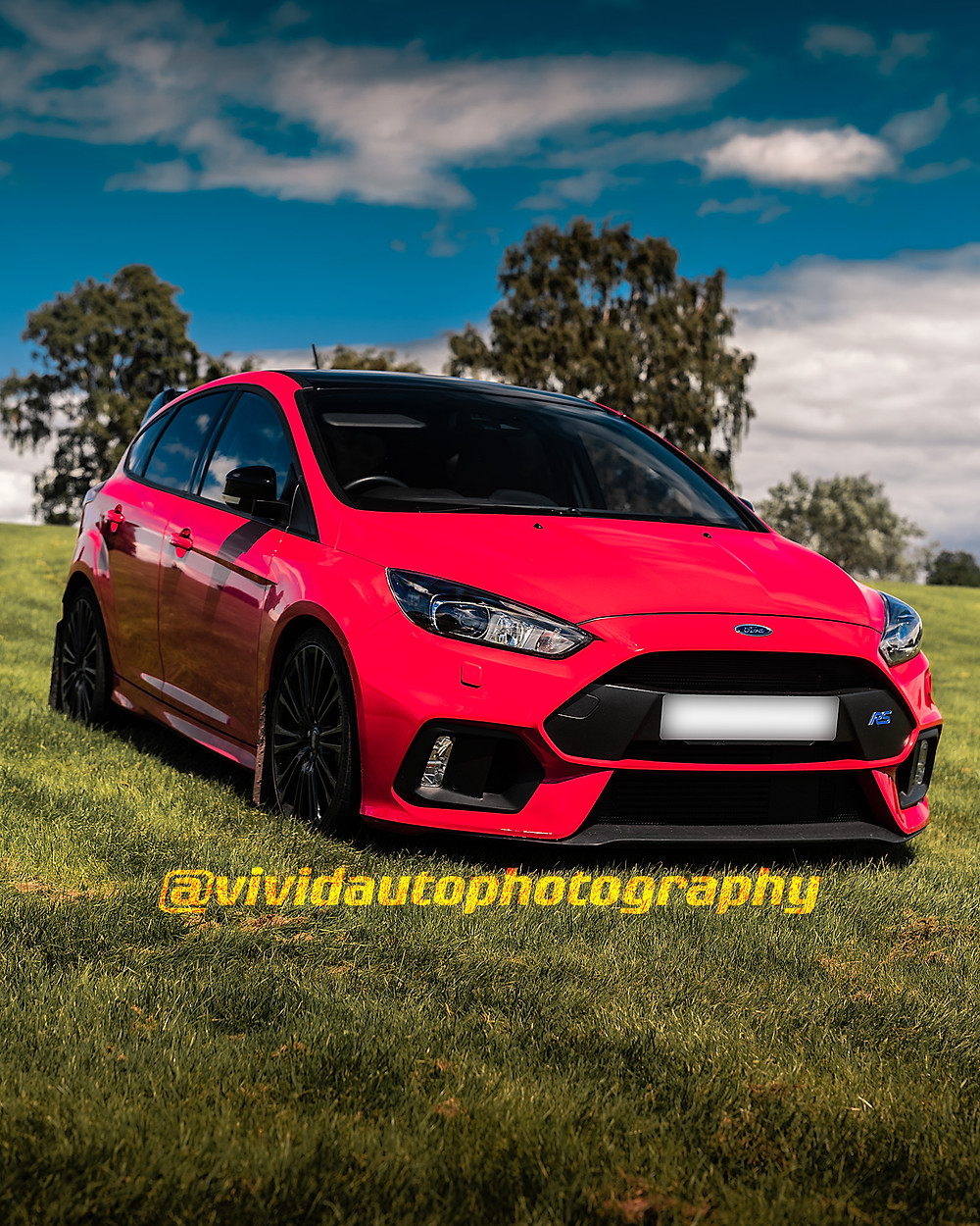 Ford Focus RS Red Edition | Front three quarters