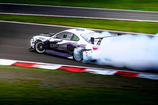 Nissan S15 Silvia drifting 1.png