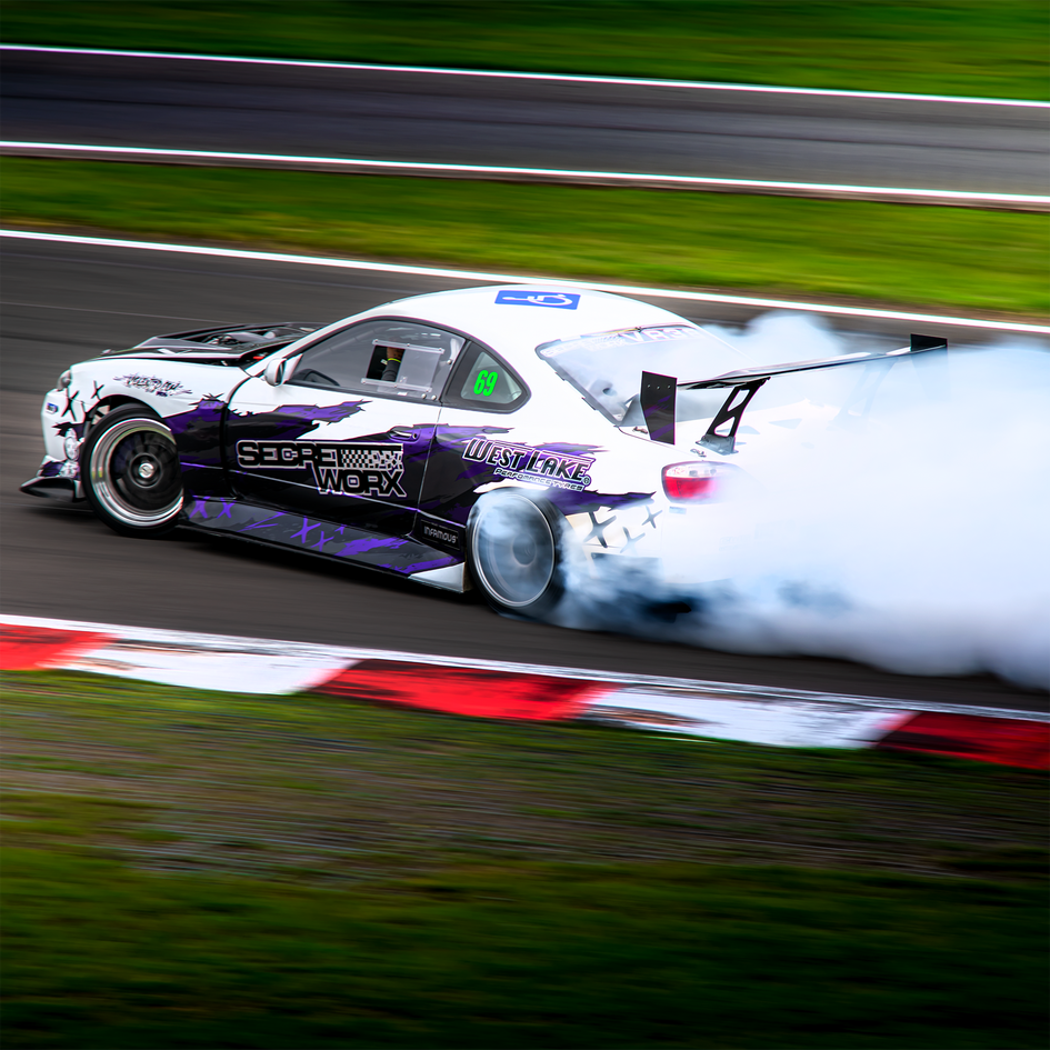 Nissan Silvia S15 drifting