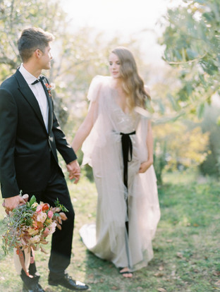 STYLE ME PRETTY: The Tuscan Wedding Inspiration Every Fall Bride Needs