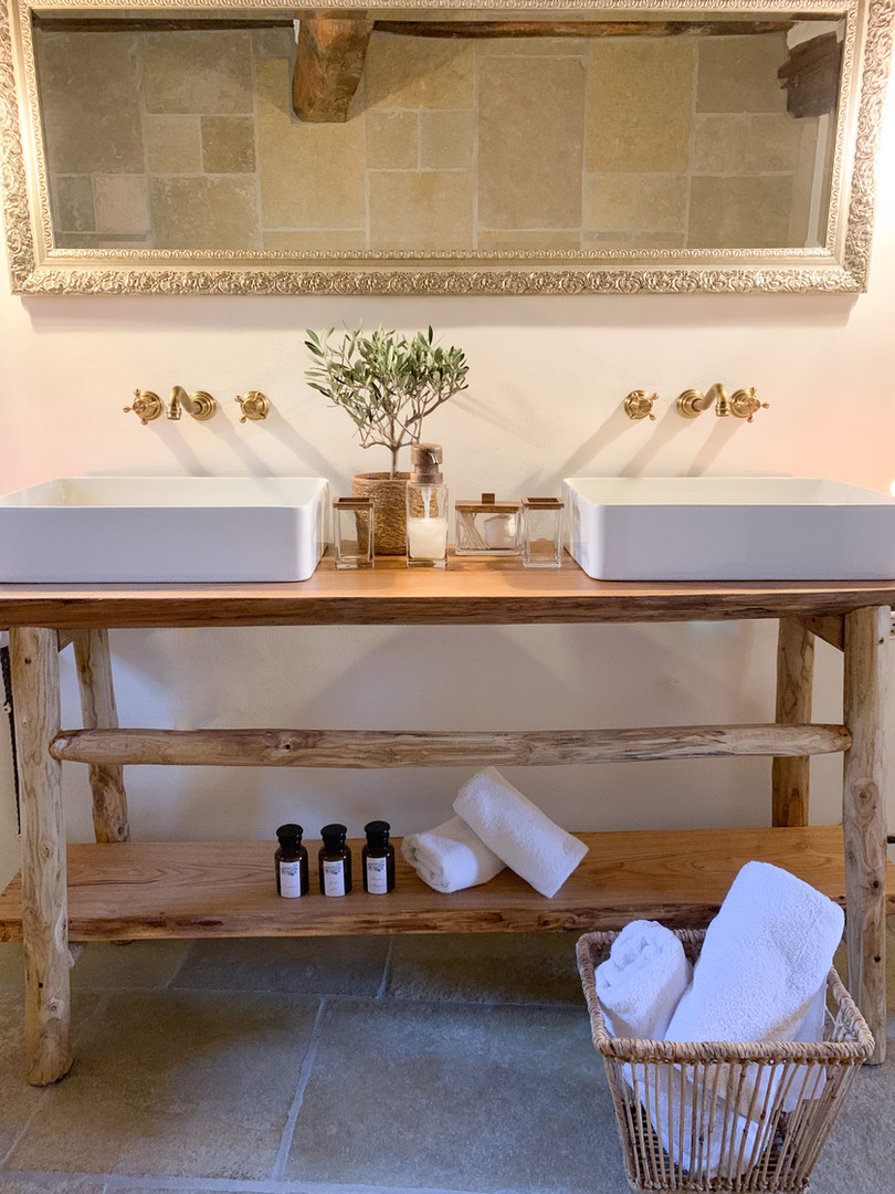 Bathroom Garden Suite.jpg