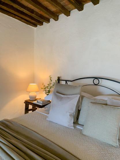 Bedroom Garden Suite Villa Montanare.jpg