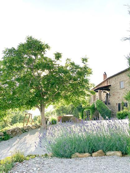 Villa Montanare Entrance.jpg