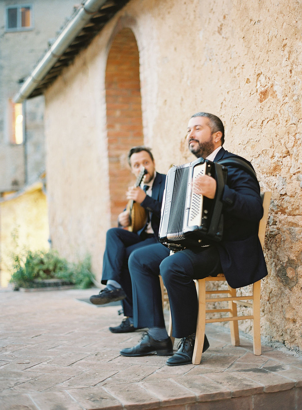 Tuscan Folk Music for Pizza Party Kurt Boomer Photography