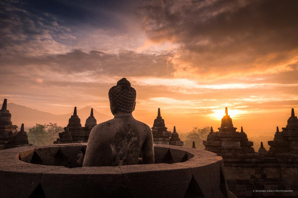 borobudur+buddha+statue