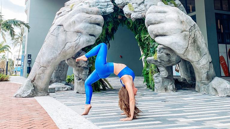Cafe Namaste Fort Lauderdale: Yoga + Brunch