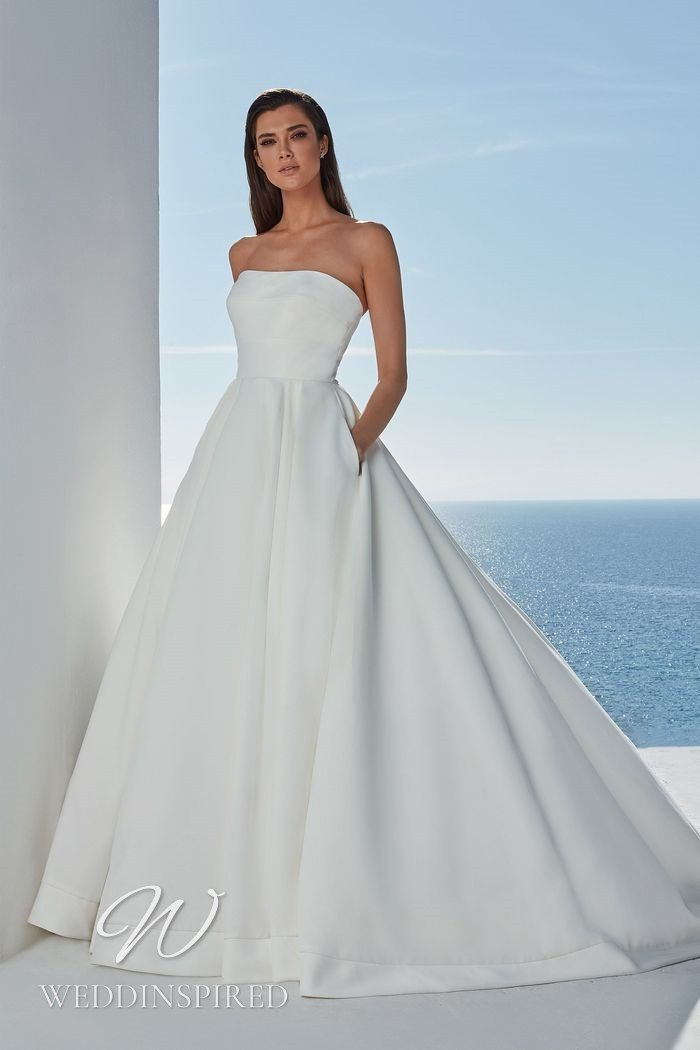 A Justin Alexander 2021 simple strapless satin A-line wedding dress