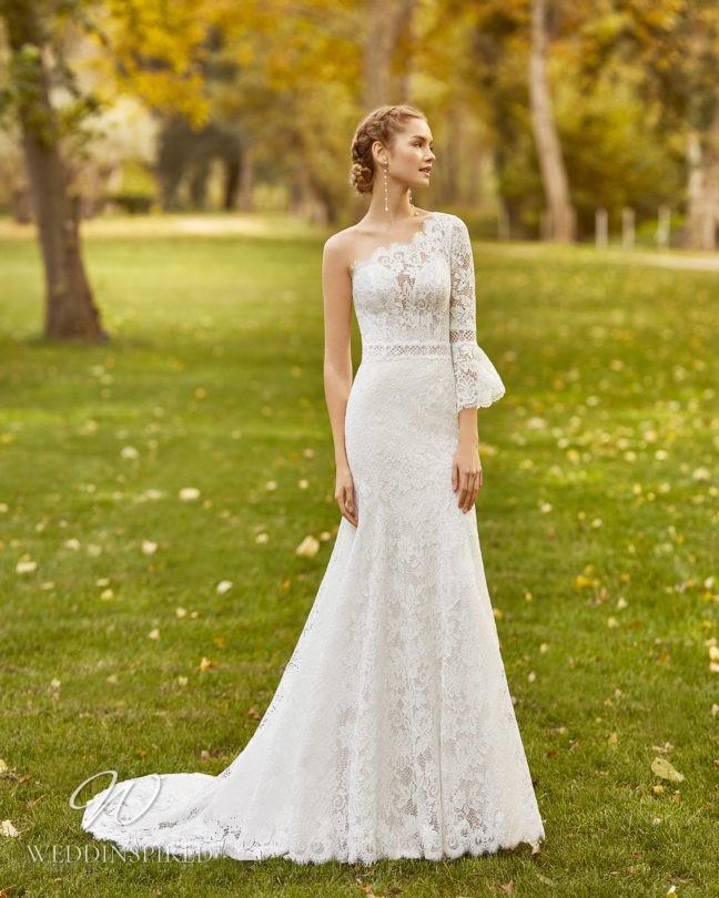 An Aire Barcelona 2021 lace boho one shoulder mermaid wedding dress