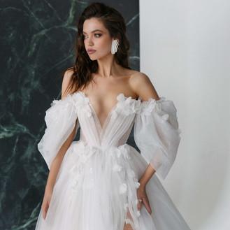 Rara Avis 2022 Galaxy Wedding Dresses