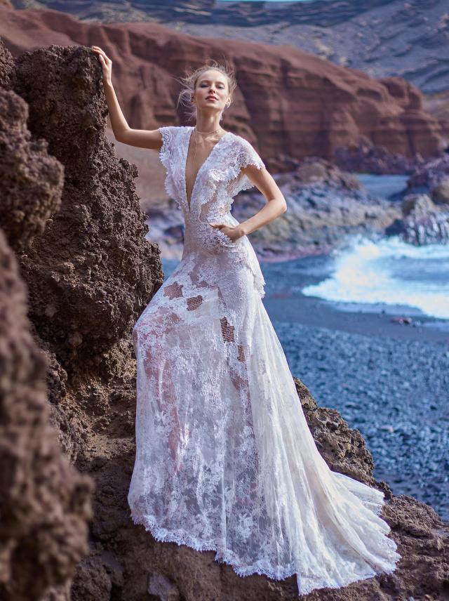 A Galia Lahav boho lace A-line wedding dress with pockets