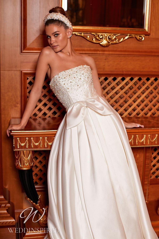 A Pollardi 2021 strapless satin A-line wedding dress