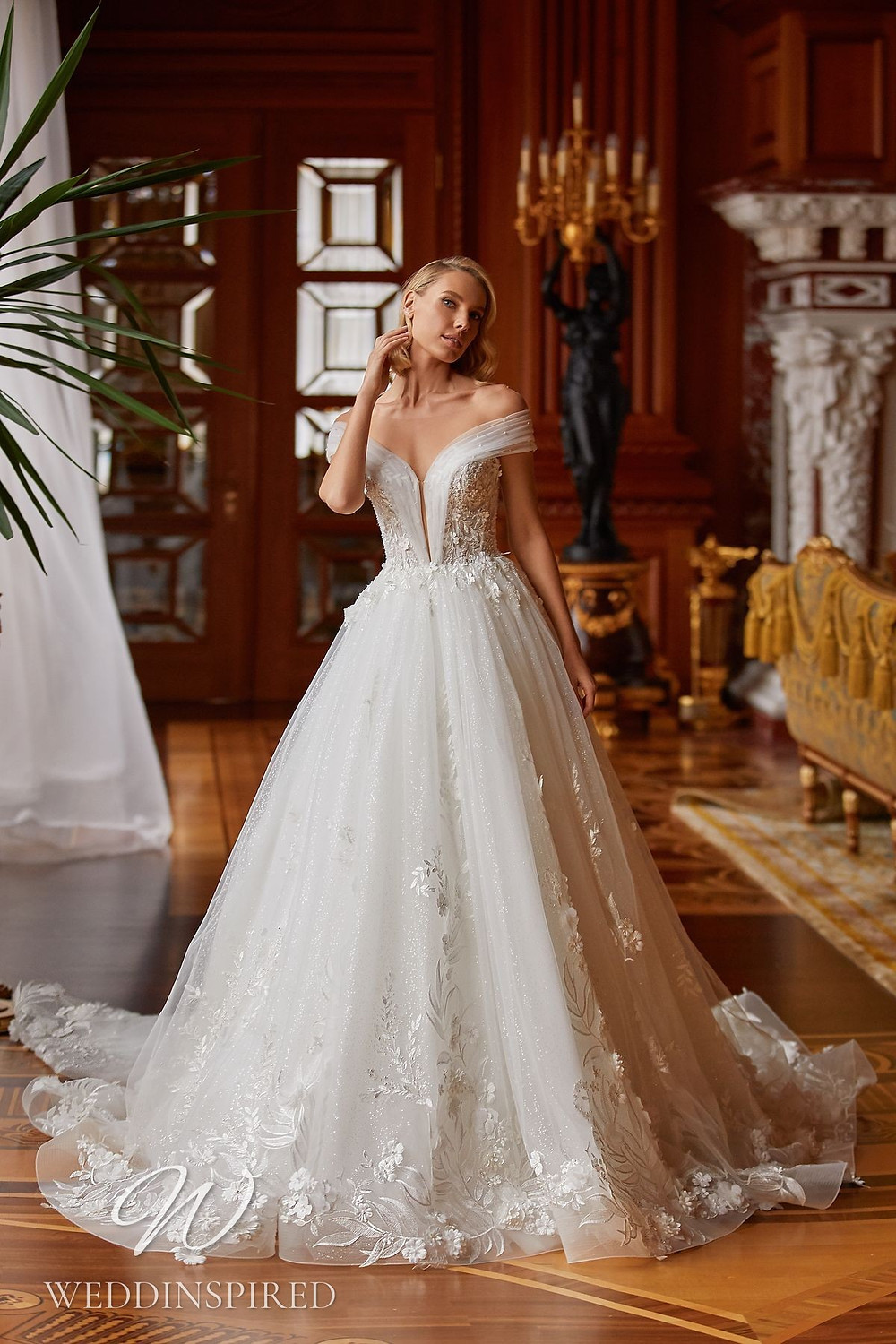 A Pollardi 2021 off the shoulder lace and tulle princess wedding dress