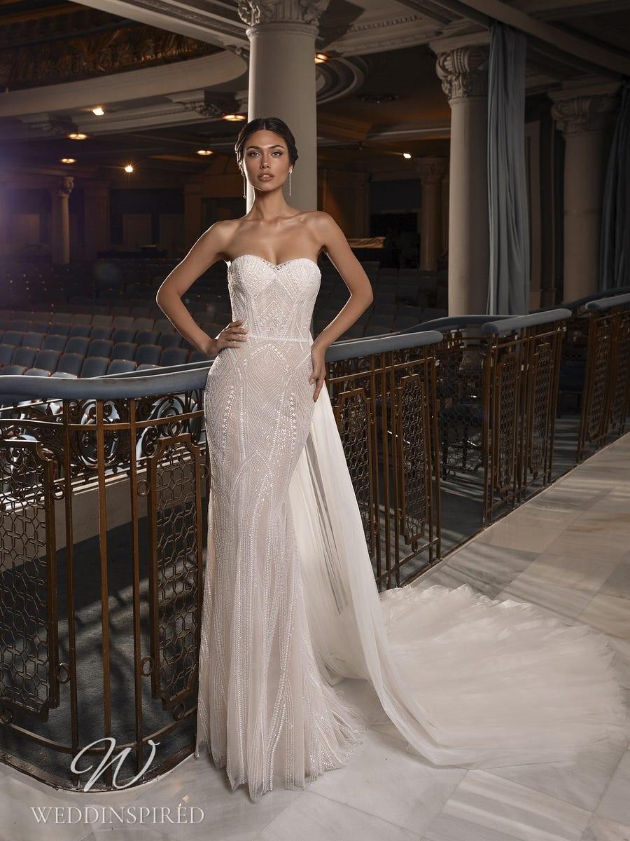 A Pronovias Privée 2021 strapless sparkly mermaid wedding dress with a detachable skirt