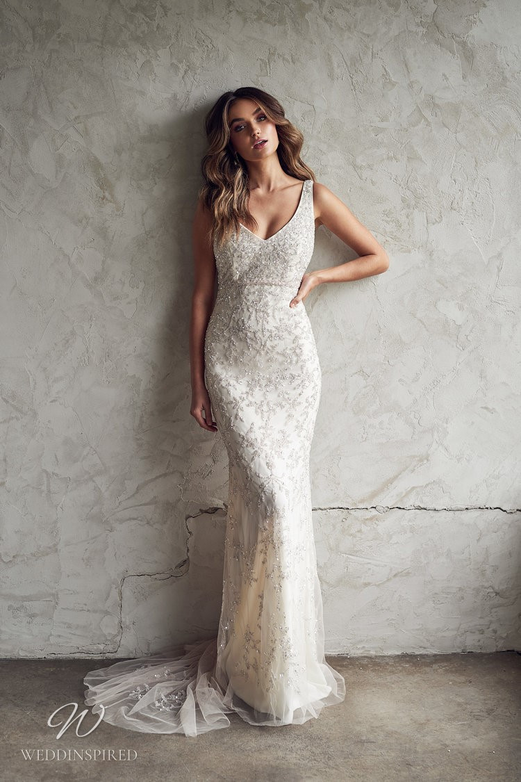 An Anna Campbell 2020 fitted v neck wedding dress with beading and tulle