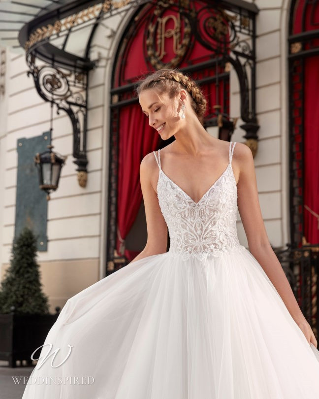 An Aire Barcelona 2021 lace and tulle A-line wedding dress