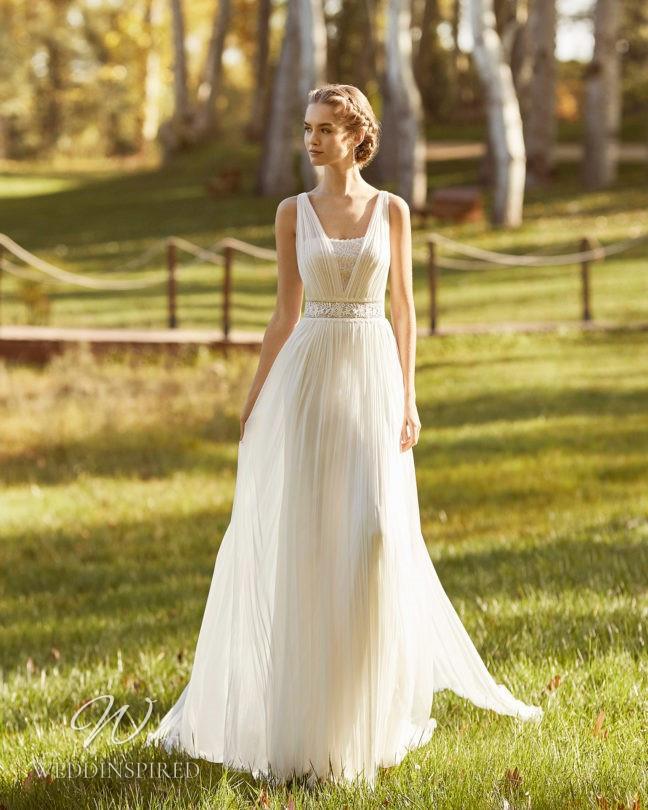 An Aire Barcelona 2021 flowy tulle A-line wedding dress