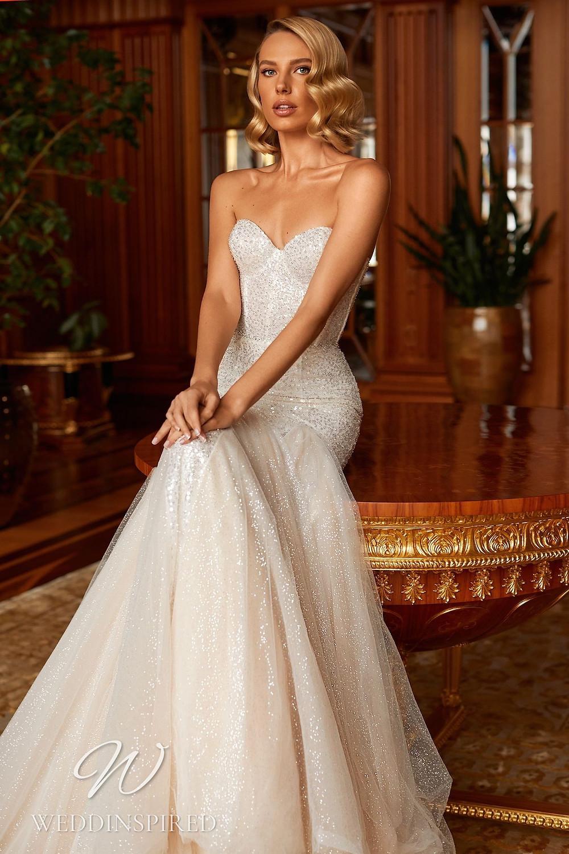 A Pollardi 2021 strapless tulle mermaid wedding dress