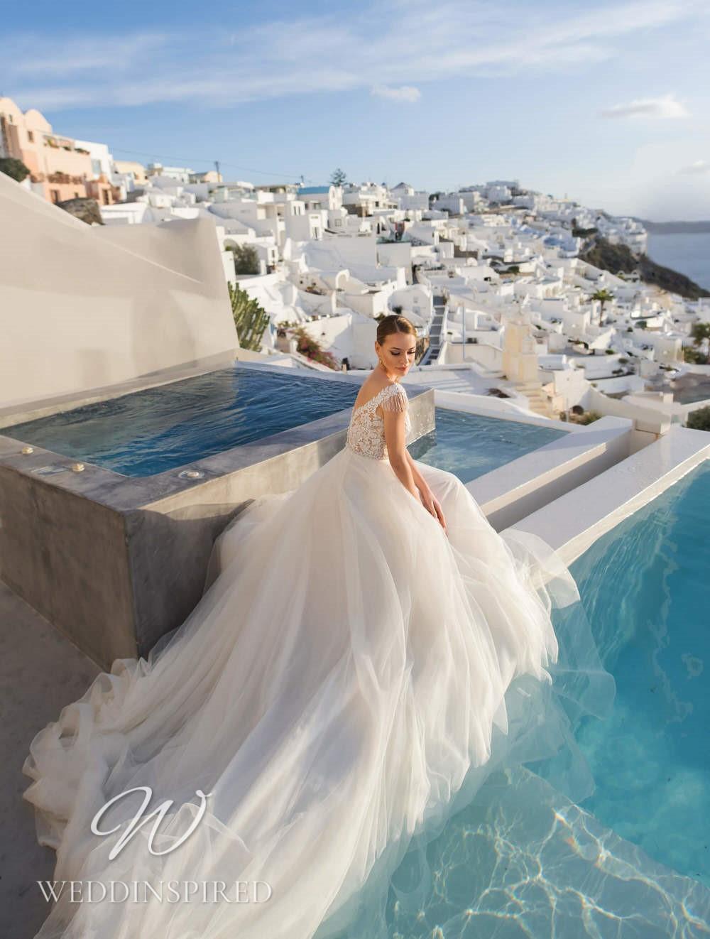 A Blunny 2021 flowy tulle A-line wedding dress