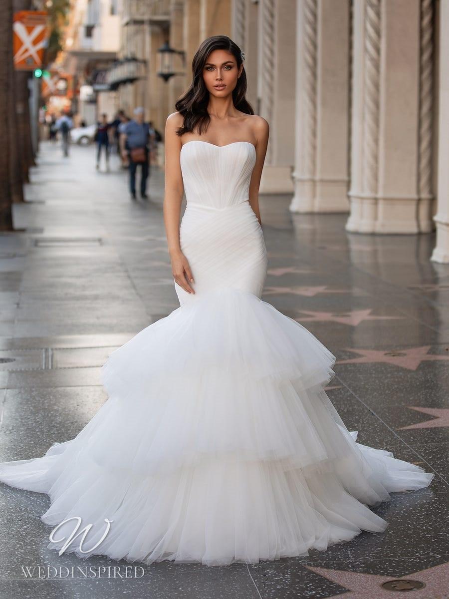 A Pronovias 2021 strapless tulle mermaid wedding dress