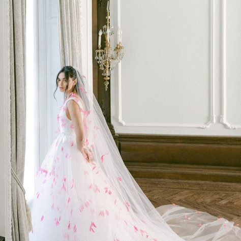 Monique Lhuillier Fall 2021 Bridal Collection