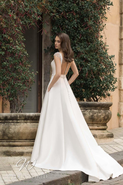 A Lussano 2021 satin backless A-line wedding dress