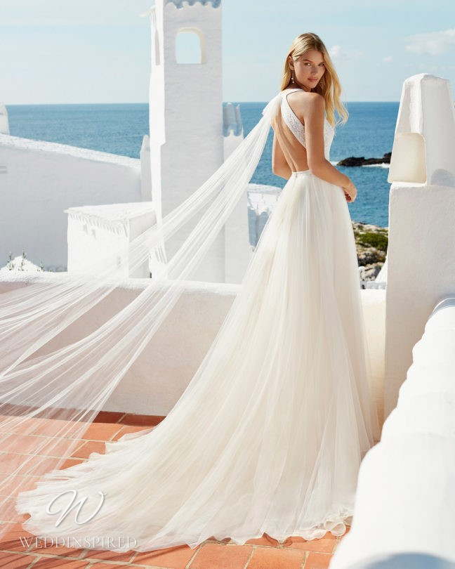 An Aire Barcelona 2021 tulle backless A-line wedding dress