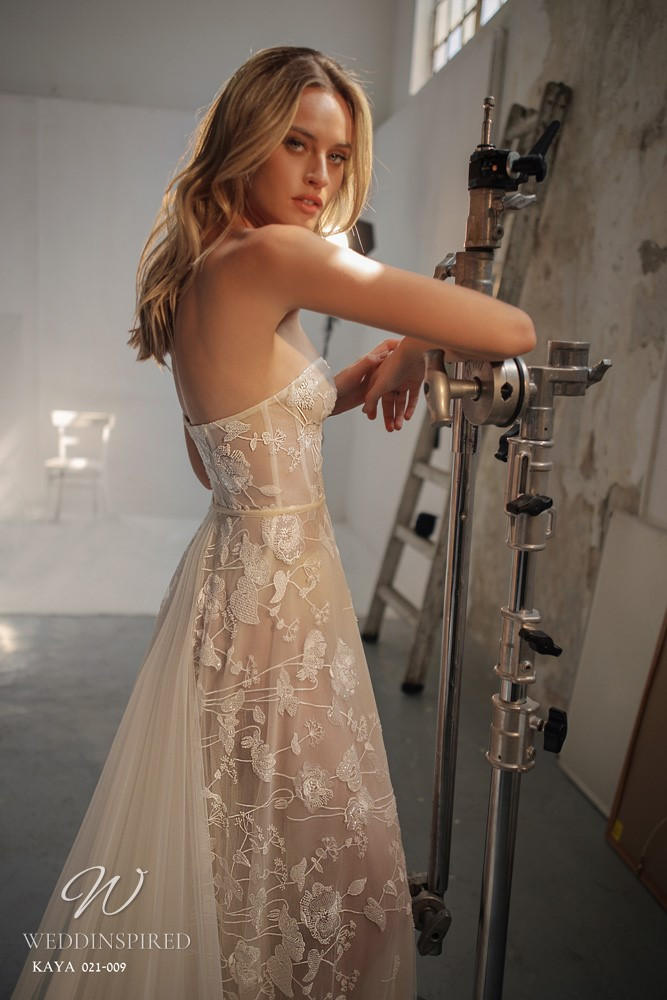 A Gali Karten 2021 strapless nude A-line lace wedding dress