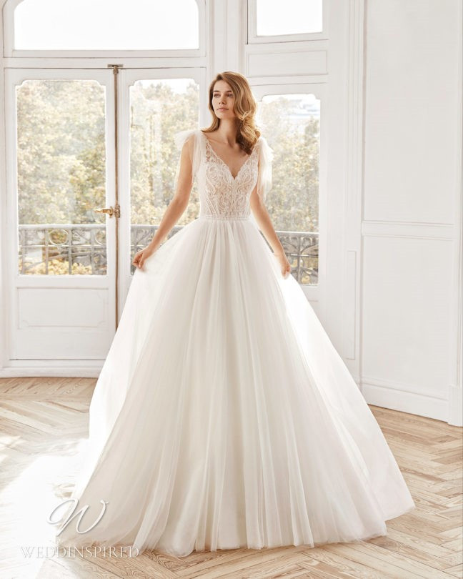 An Aire Barcelona 2021 lace and tulle princess wedding dress