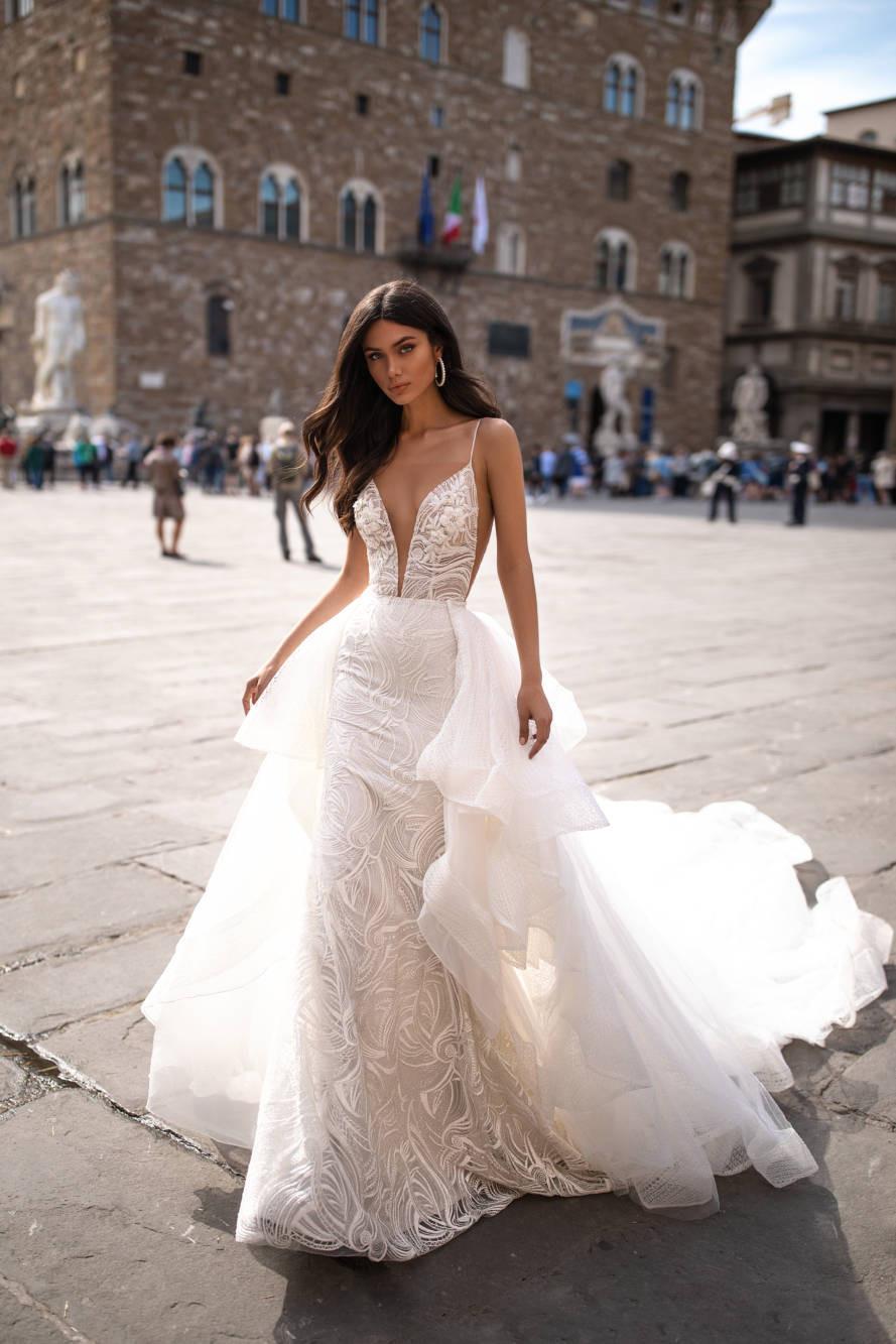 Weddinspired | 50+ Detachable Skirt Wedding Dresses | Milla Nova from the Royal collection