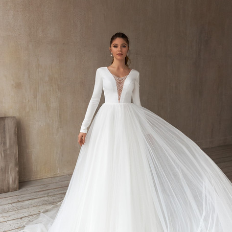 Eva Lendel - Less is More 2021 Bridal Collection