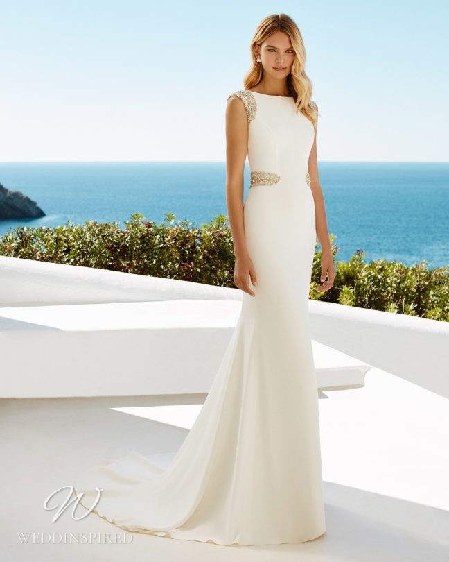 An Aire Barcelona 2021 simple modest mermaid wedding dress