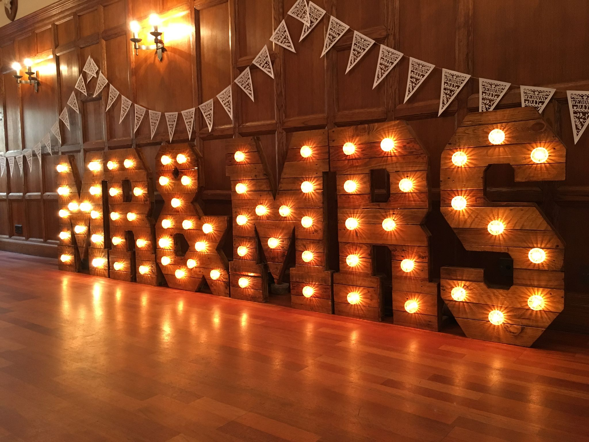 Rustic Mr & Mrs Letter Hire
