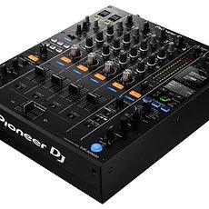 Pioneer DJM-900NXS2 Hire