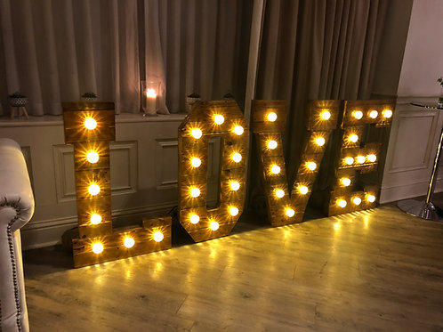 LOVE (Rustic)