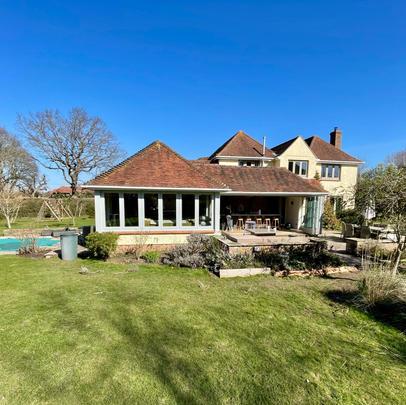 June 2021 - Full Landscape Design West Sussex Property