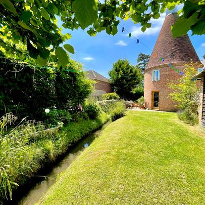 June 2021 - Landscape Design for Kent Oast House